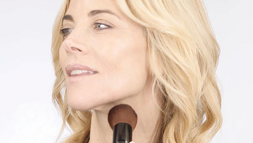 L'eclisse Cosmetics x Janet Gunn